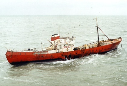 Ross Revenge shortly after aerial mast collapsed 1987
